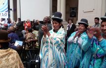Les responsables des radios de femmes boliviennes saluent la délégation française