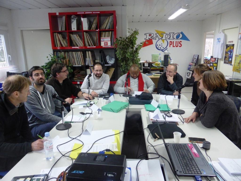 Éducation à l'information: la formation des cadres et personnels est essentielle. Partout en France, Inscrivez-vous !