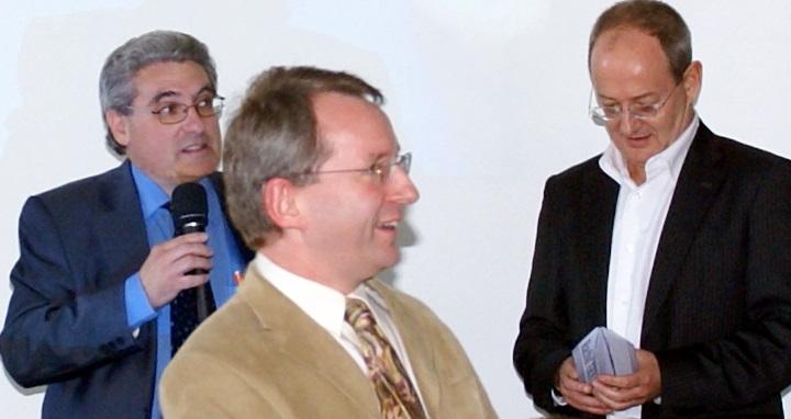 De gauche à droite : Emmanuel Boutterin, Quentin Howard (ex-Président de Word DMB) et Jamil Shalak (Président de DR) au congrès du SNRL.